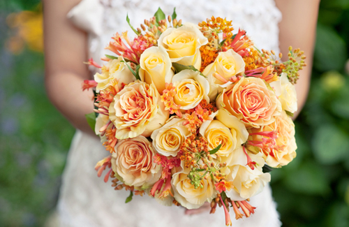 Add These 5 Best Smelling Flowers to Your Bouquet   Weddingbells