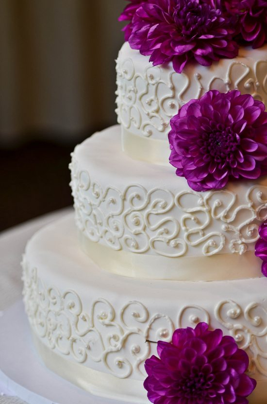 Wedding Cakes Topped With Fresh Flowers