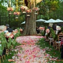 Ideas From Celebrity Wedding Planners (That You Can Copy!)