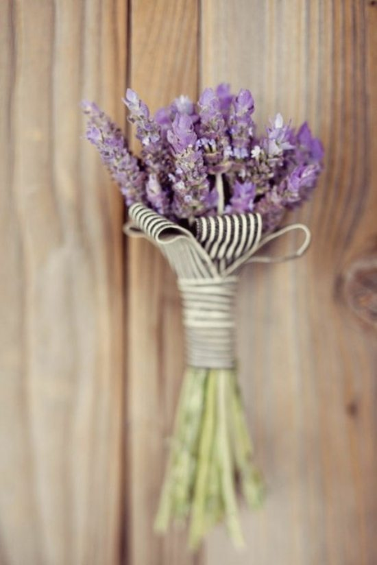 Boutonni res for fall weddings weddingbells for Simple fall bridesmaid bouquets