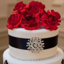 A Glamourous Red and Black Wedding in Brantford, Ontario