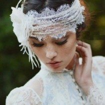 Lace Accents for Your Wedding