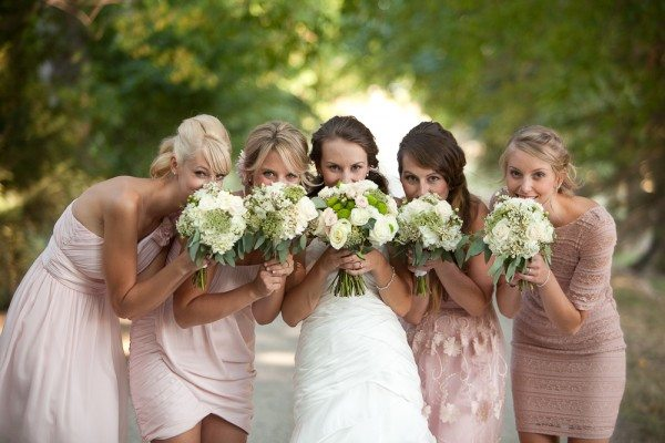 diy-outdoor-wedding-mismatched-bridesmaids-3