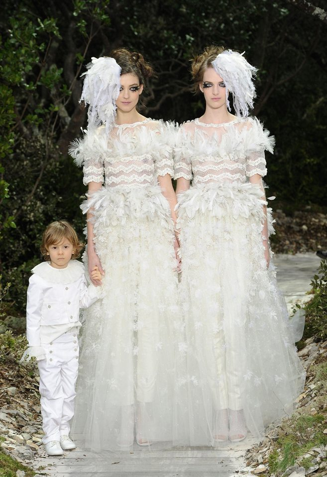Wedding dress inspiration from chanel spring couture 2013 weddingbells 0 comments junglespirit Choice Image