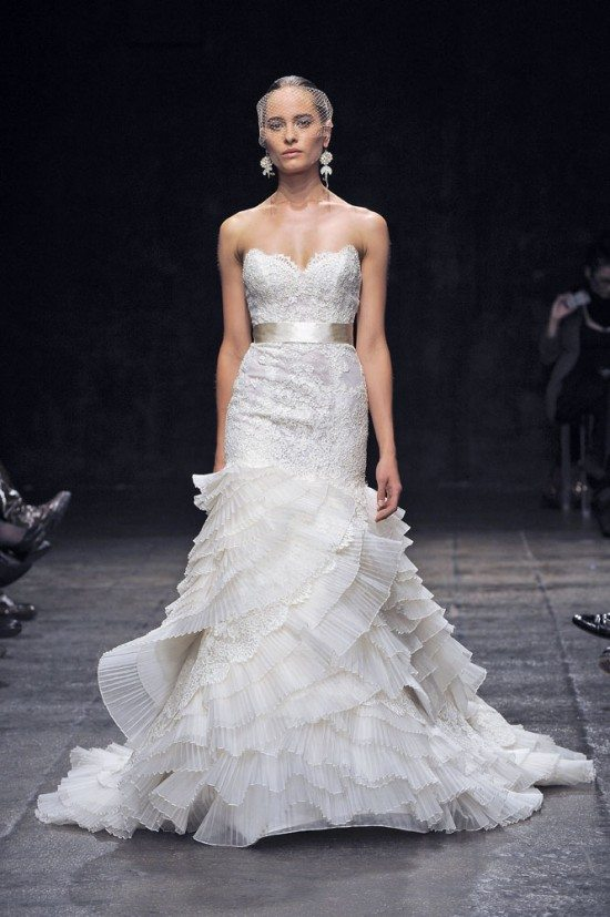 Lace bridal dresses 50 fashionable options for your day for Lazaro lace wedding dress