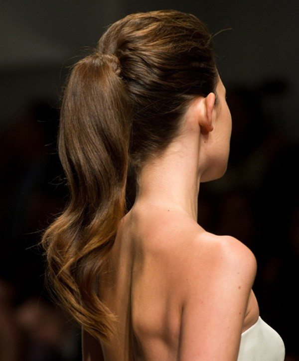 The Prettiest Bridal Hair Trends for Summer 2013