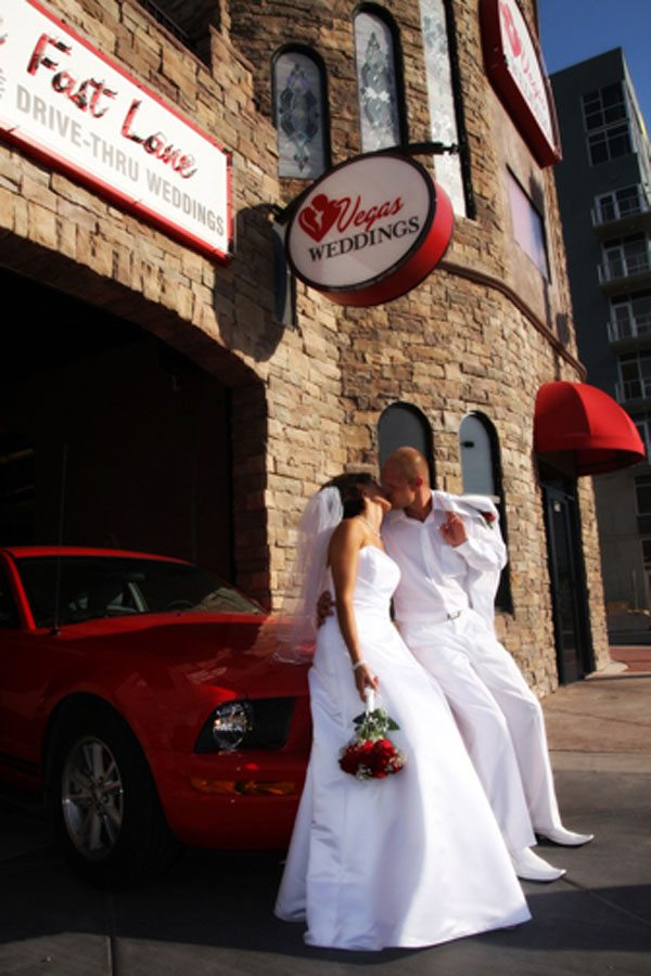 Unusual Las Vegas Wedding Venues You Need To See To Believe