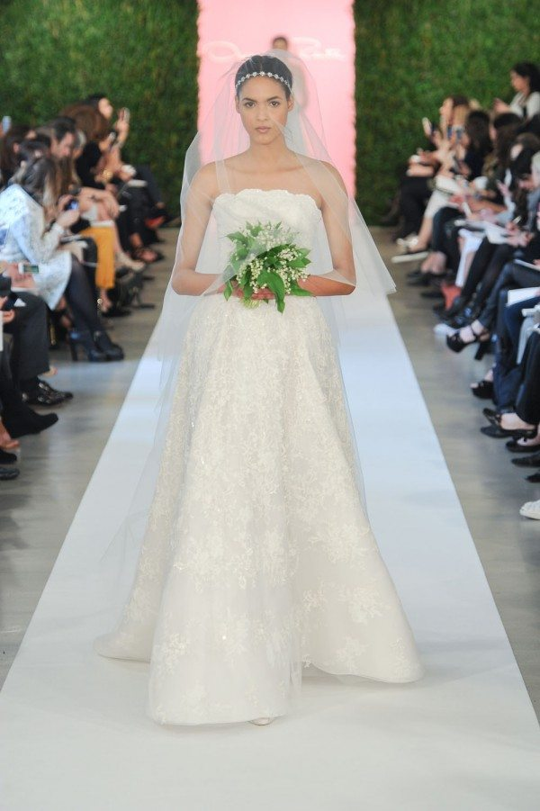 Excellent Oscar De La Renta Wedding Dresses 600 x 901 · 85 kB · jpeg