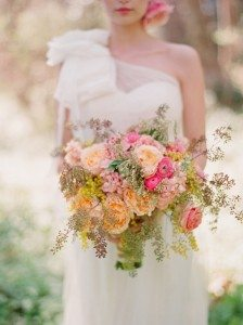 save money on wedding - flowers