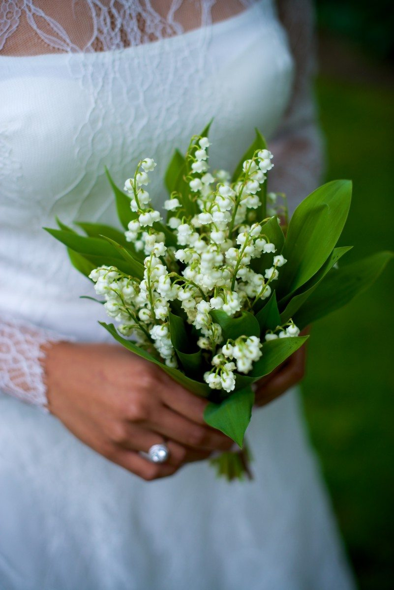 The Best Fragrant Flowers For Your Wedding Bouquet | Weddingbells