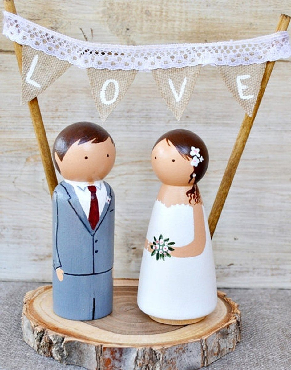 5 Cake Toppers That Will Instantly Make Your Wedding Dessert More ...