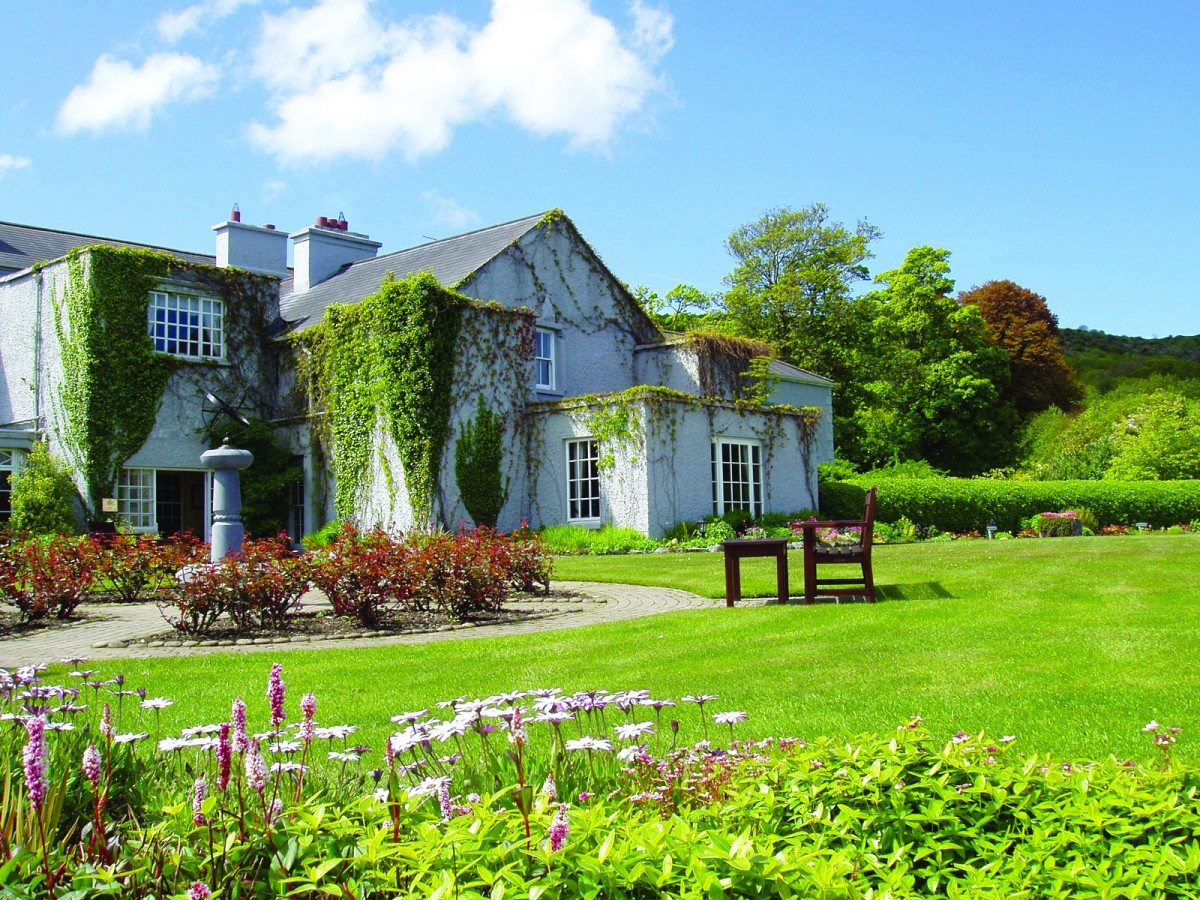 east sc self thomastown cottage photo callan cottages kilkenny honeymoon catering ireland county rock