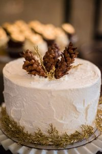 A Country Glam Wedding in Manitoba - Cake