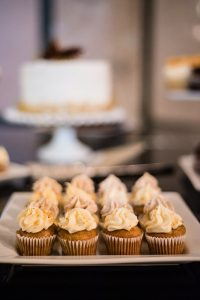 A Country Glam Wedding in Manitoba - Cupcakes