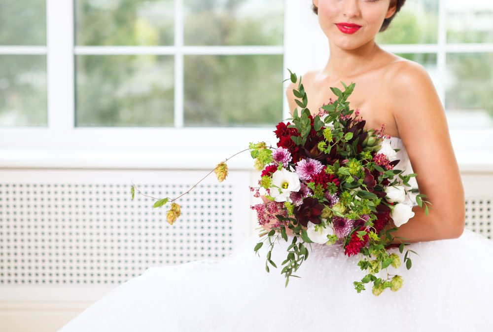Unusual Flowers That Look Great In Bouquets - Hops
