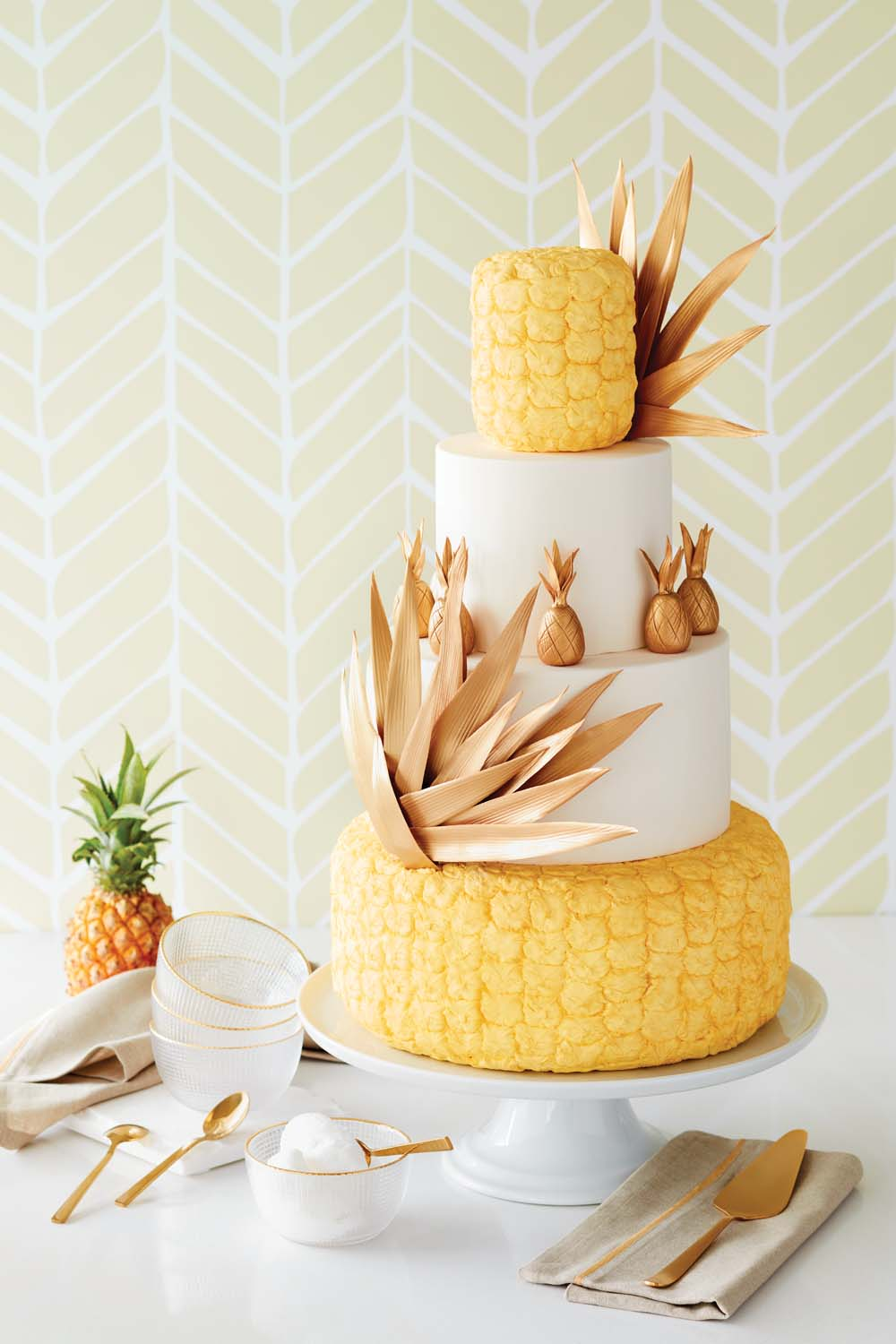 CitrusInspired Wedding Cakes Youve Got To See Weddingbells - Pineapple Wedding Cake
