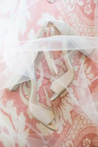 a cottage-chic summer wedding - wedding shoes