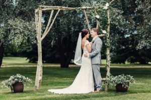 a gold wedding in saskatchewan - bride and groom