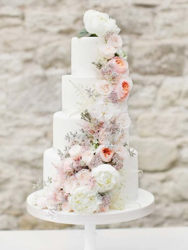 fresh flower wedding cakes that could rival harry and meghan's - fresh flower wedding cake