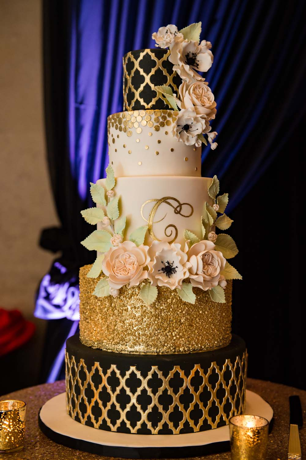 A Classic Vintage inspired Wedding at the One King West in Toronto - Wedding Cake