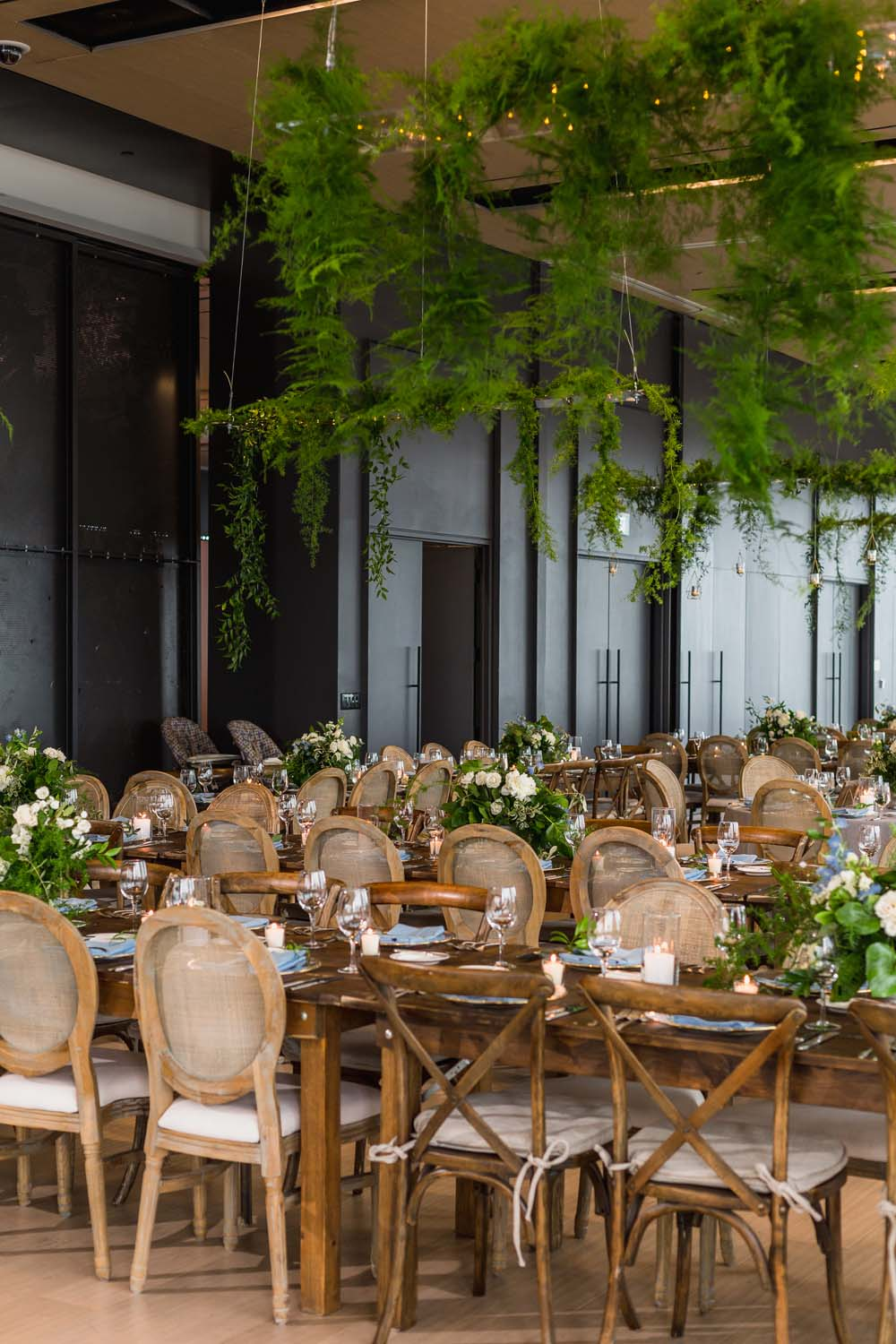 This Toronto Wedding Brings Nature to the City - Dinner Seating