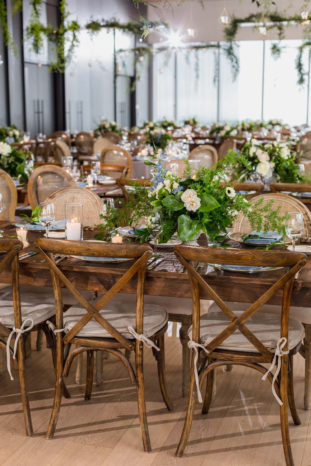 This Toronto Wedding Brings Nature to the City - Chairs