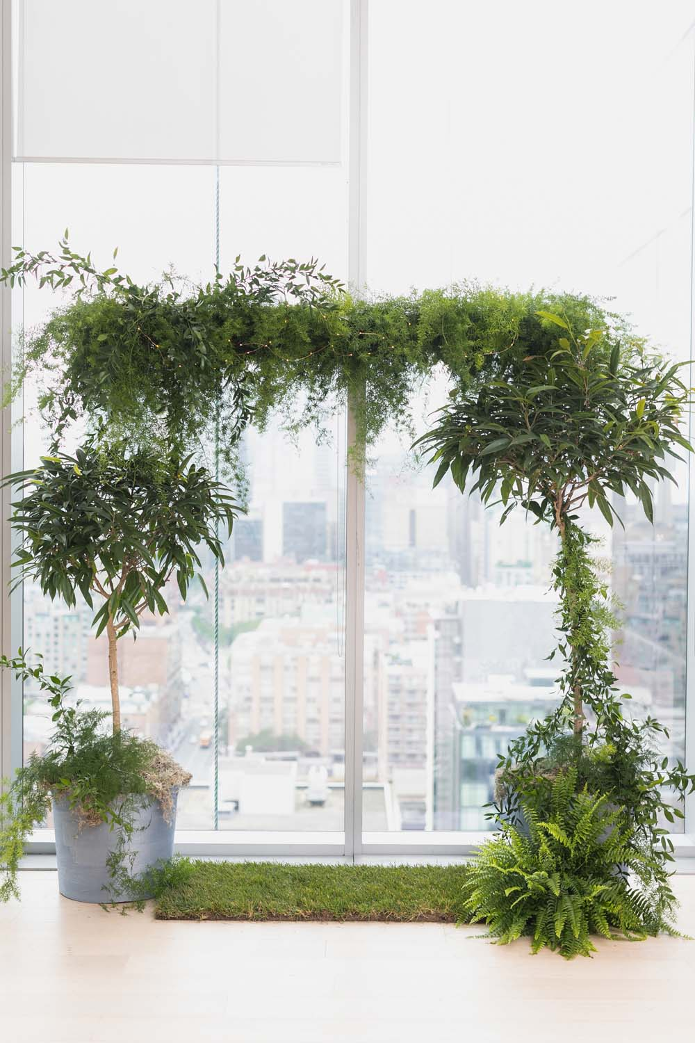 This Toronto Wedding Brings Nature to the City - Greenery