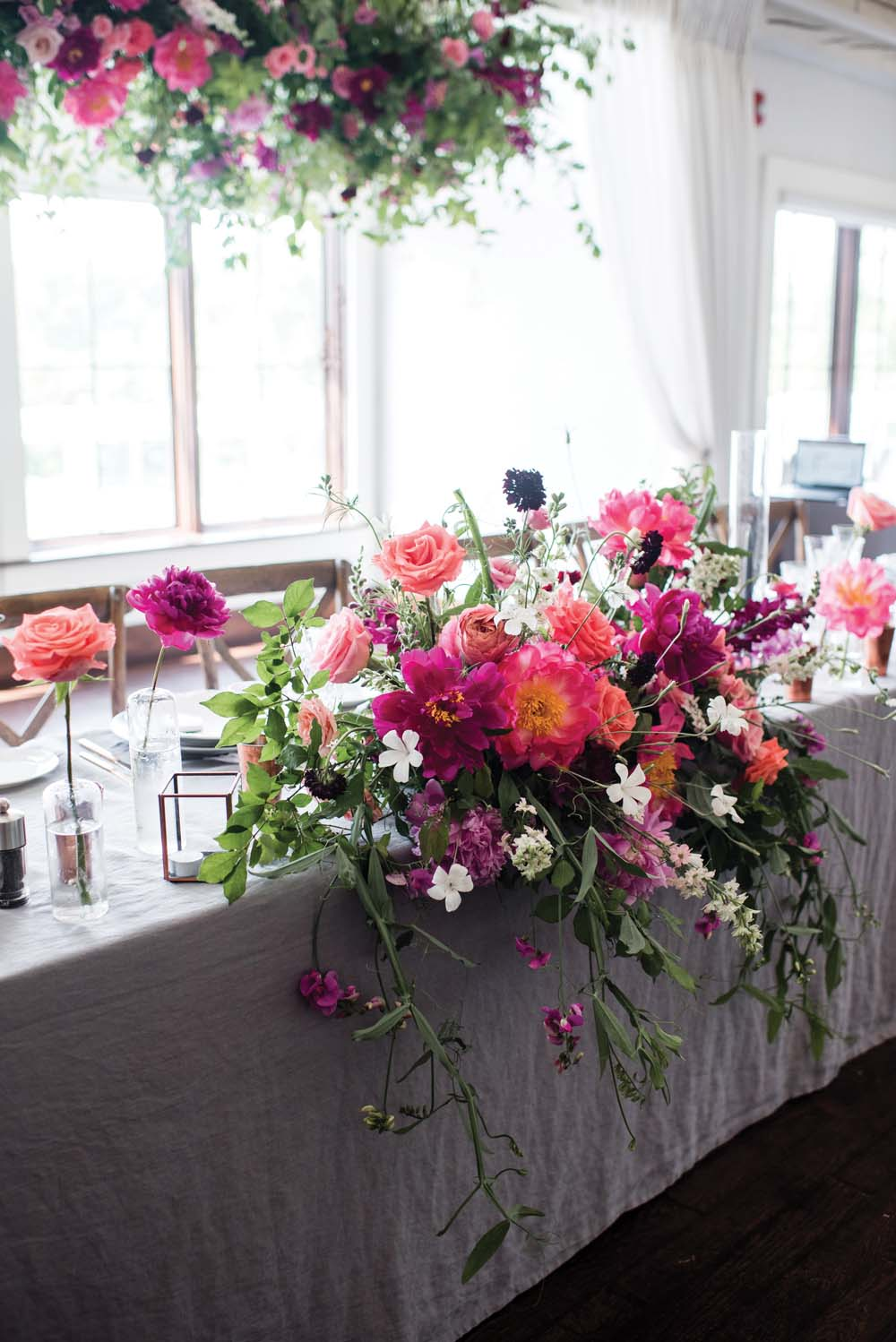 A Bold and Industrial Chic Wedding in Cambridge, Ontario - Florals