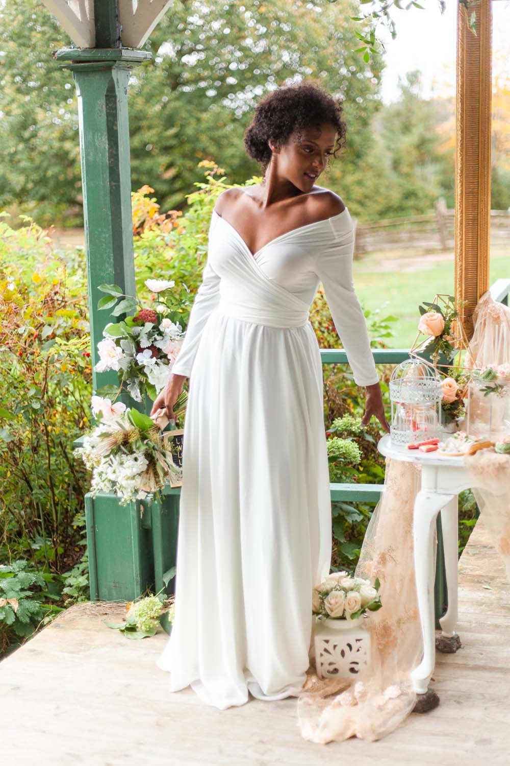 Henkaa Spring/Summer 2019 Bridesmaid Dresses - Looking at the Table