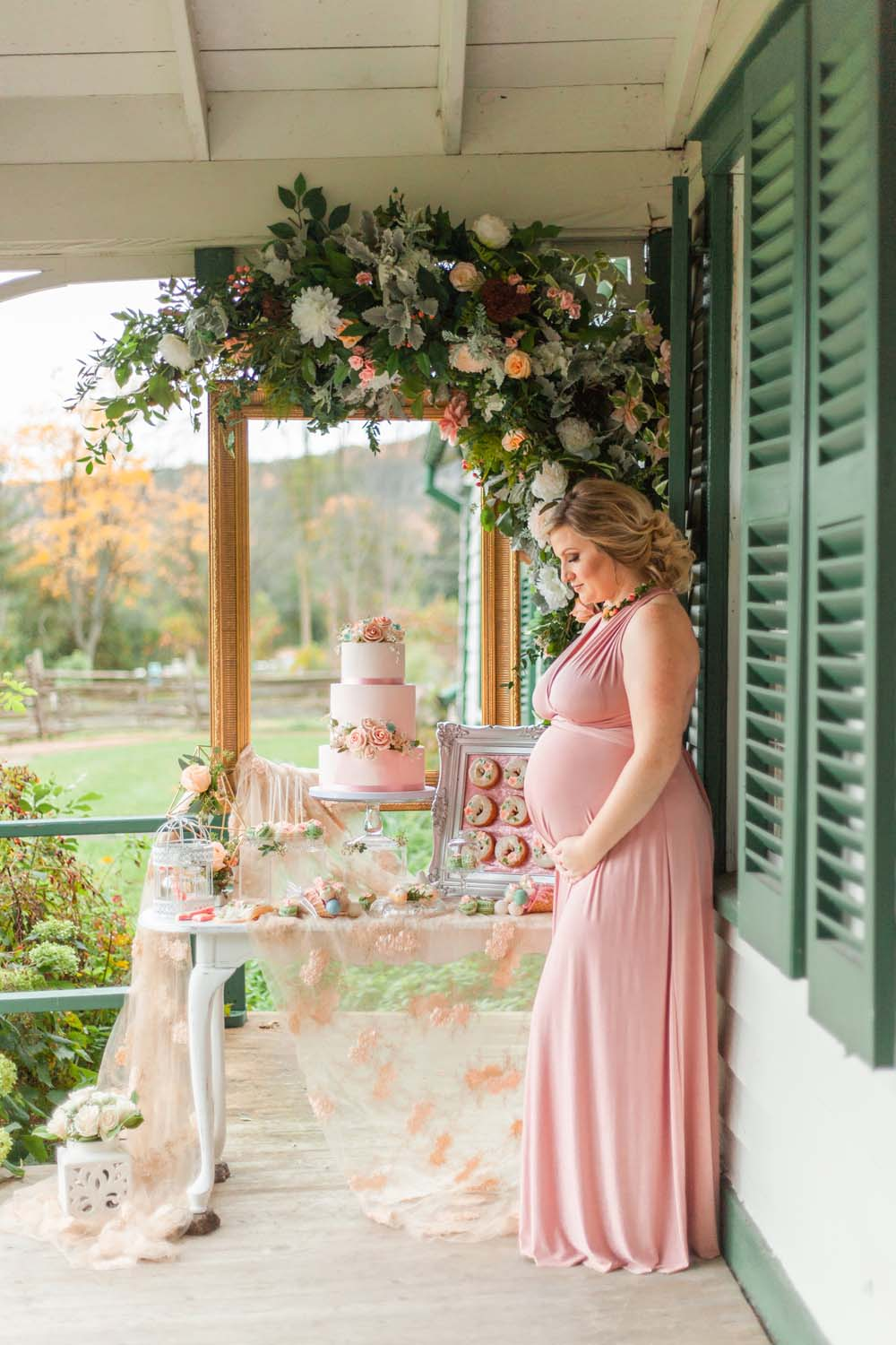 Henkaa Spring/Summer 2019 Bridesmaid Dresses - Expecting side profile