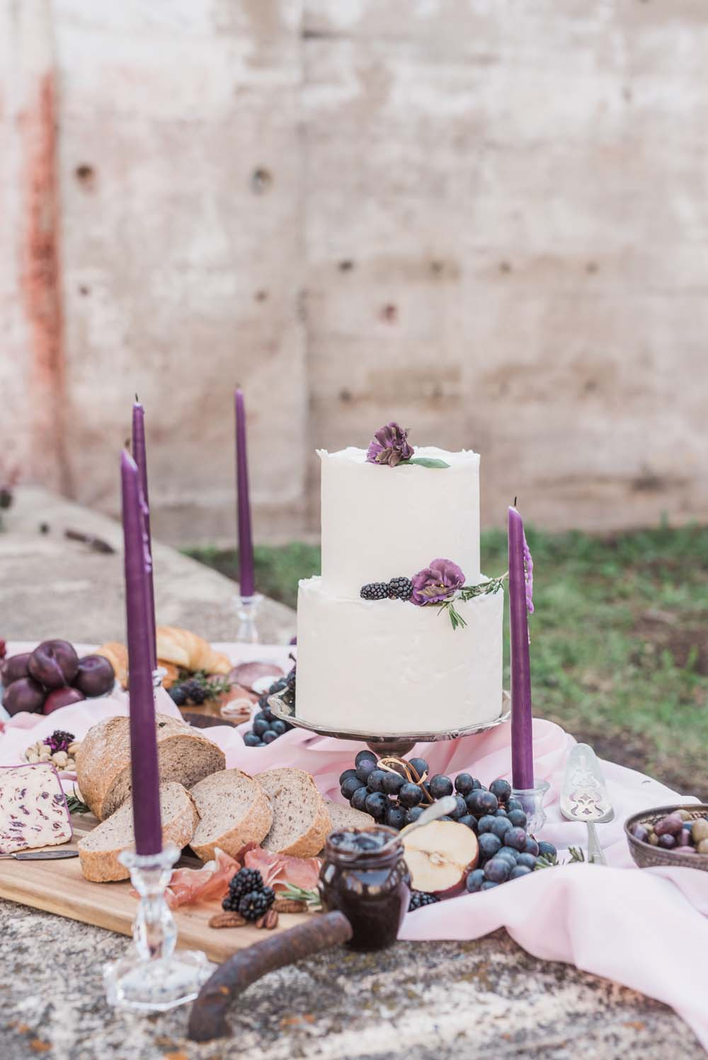 A Romantic Themed Shoot Inspired by Ruins - Cake