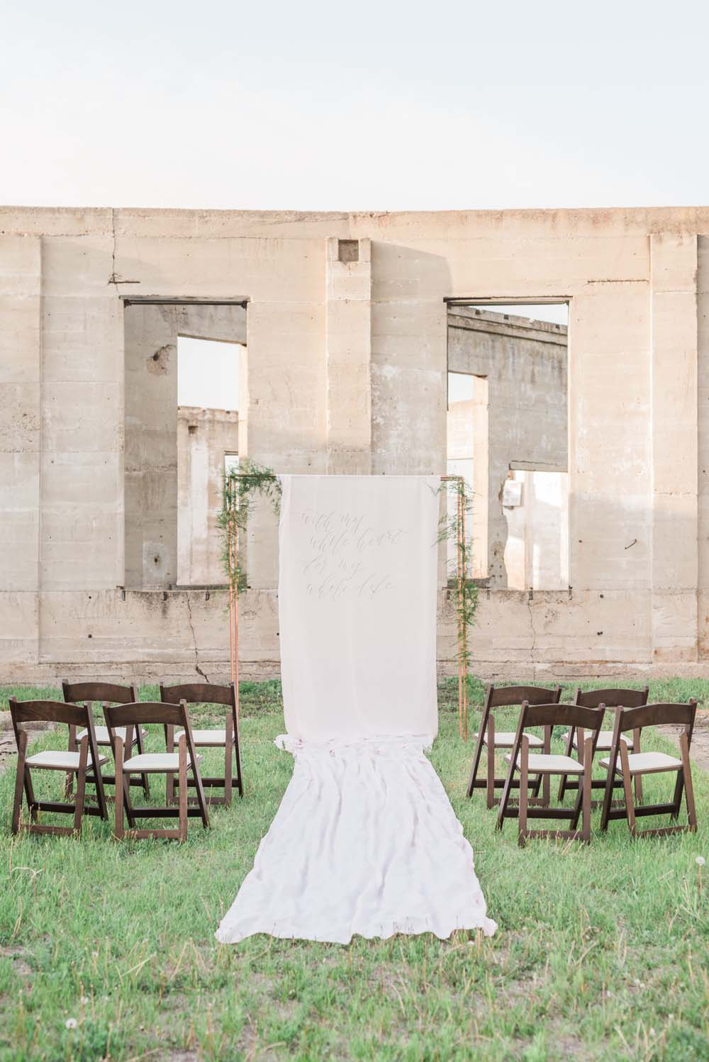 A Romantic Themed Shoot Inspired by Ruins - Aisle