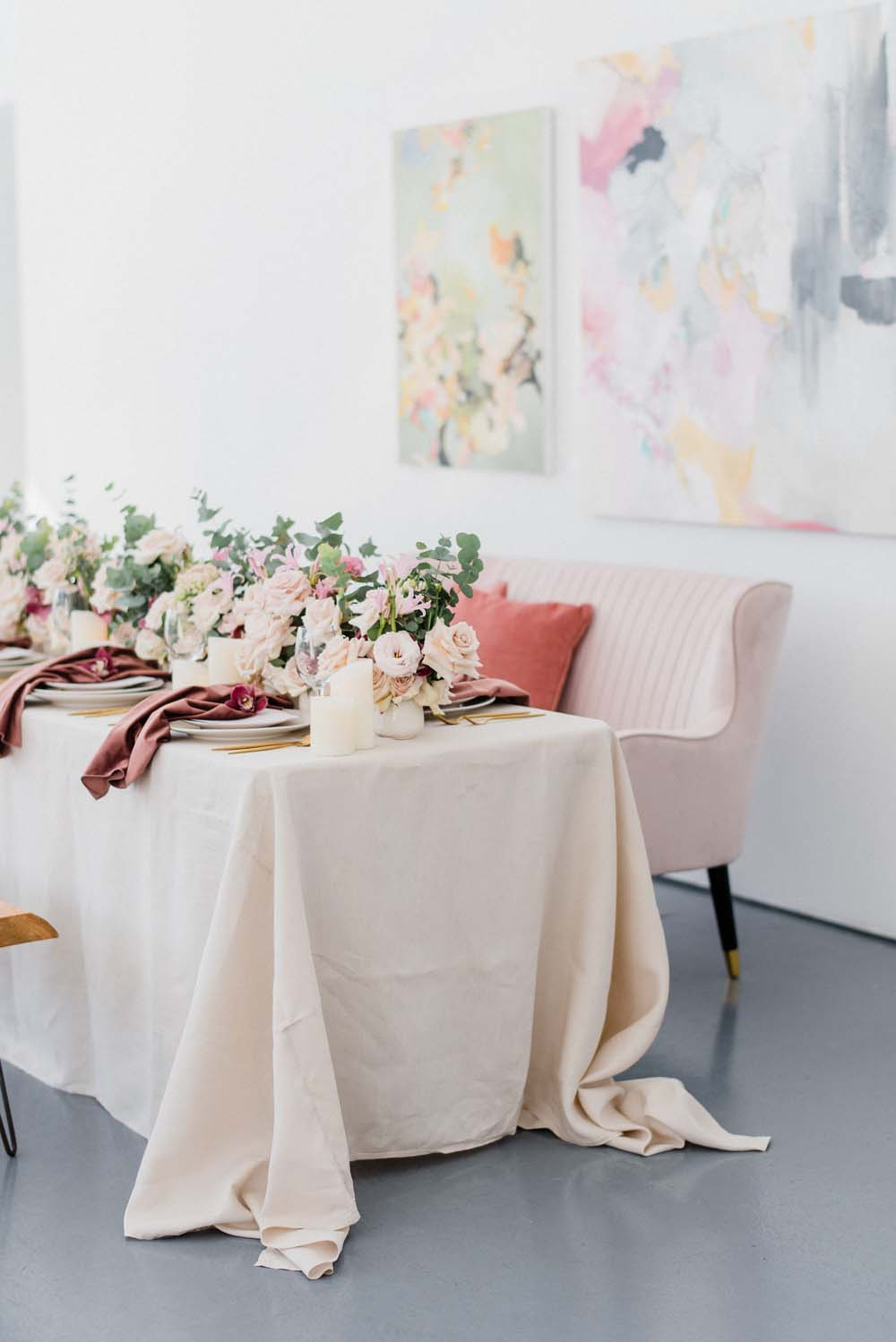 A Colourful Pink & Mauve Styled Shoot At The Art Gallery of Hamilton - Couch