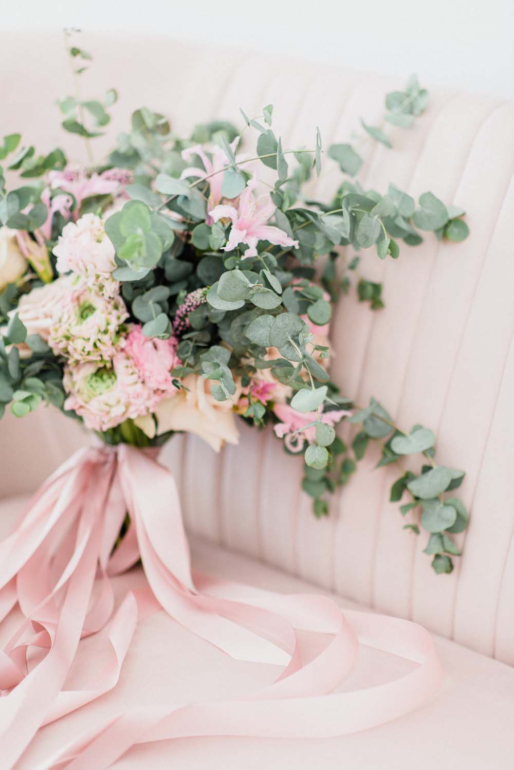 A Colourful Pink & Mauve Styled Shoot At The Art Gallery of Hamilton - Bouquet