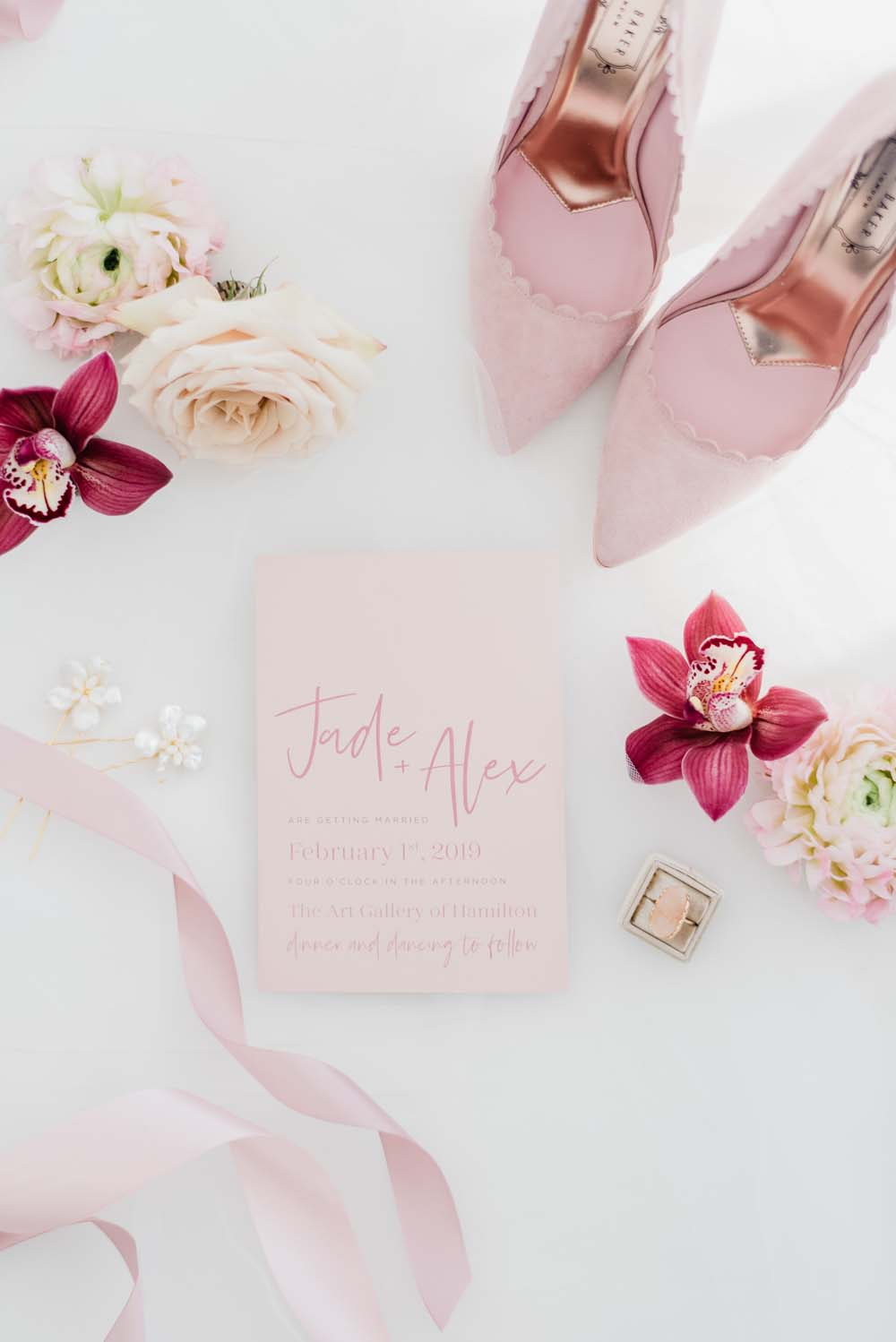 A Colourful Pink & Mauve Styled Shoot At The Art Gallery of Hamilton - Getting Ready
