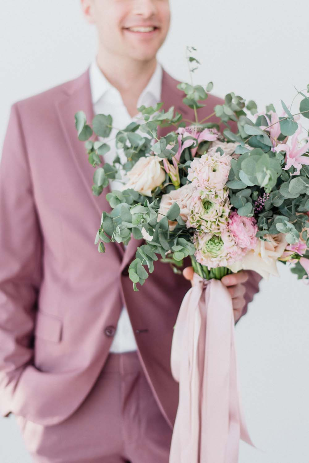 A Colourful Pink & Mauve Styled Shoot At The Art Gallery of Hamilton - Groom