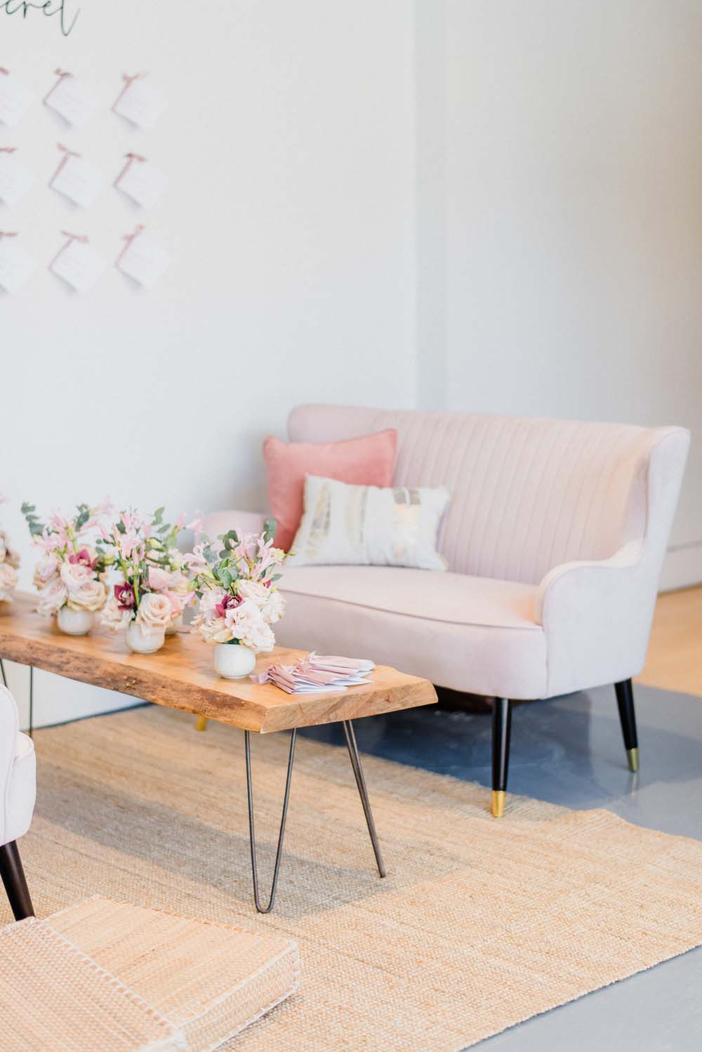 A Colourful Pink & Mauve Styled Shoot At The Art Gallery of Hamilton - Sofa