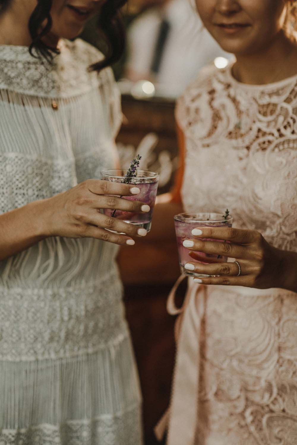 A Romantic and Ethereal Celebration in Fort Langley, BC - drinks