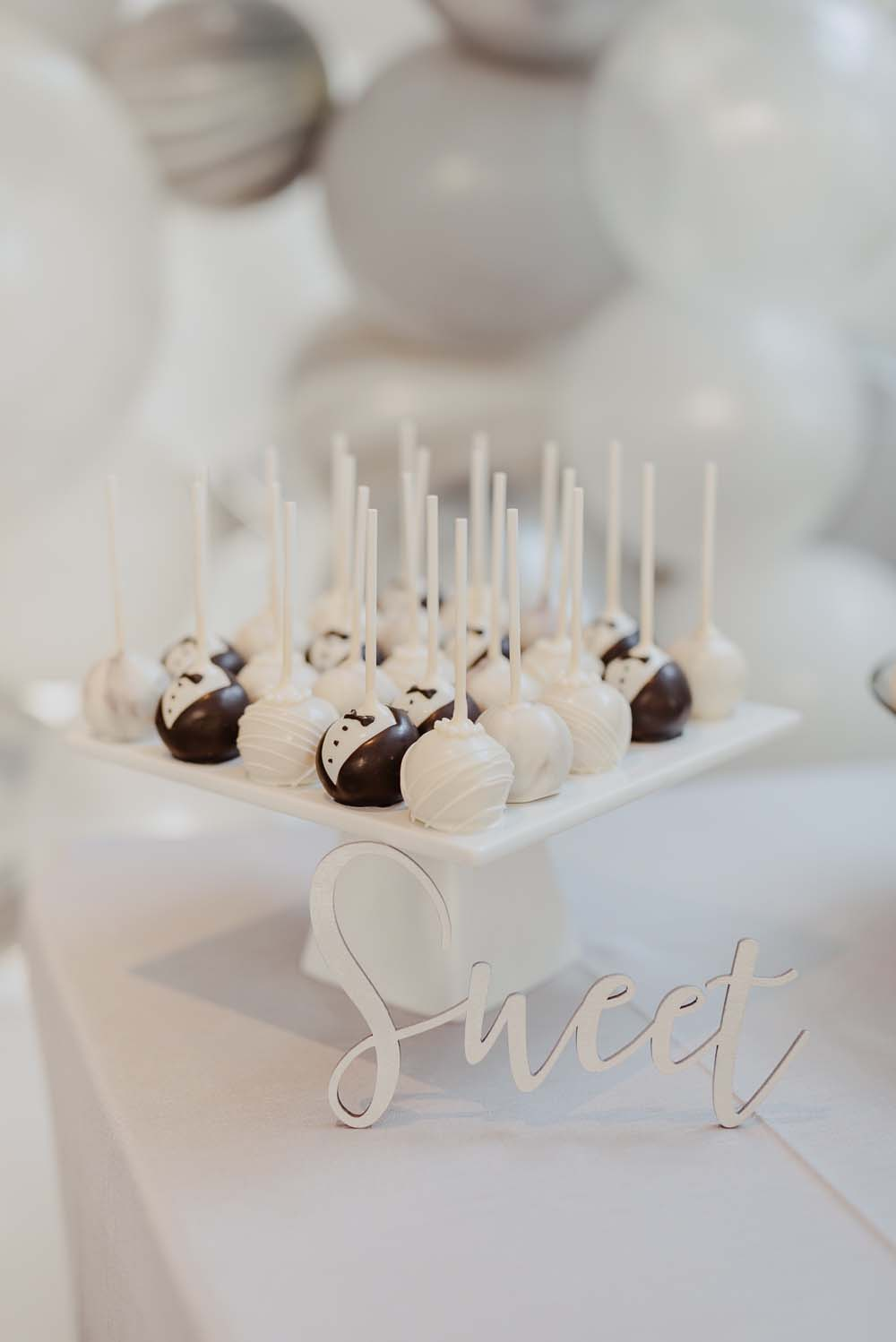 An Opulent Wedding At The Royal Conservatory Of Music - cakepop