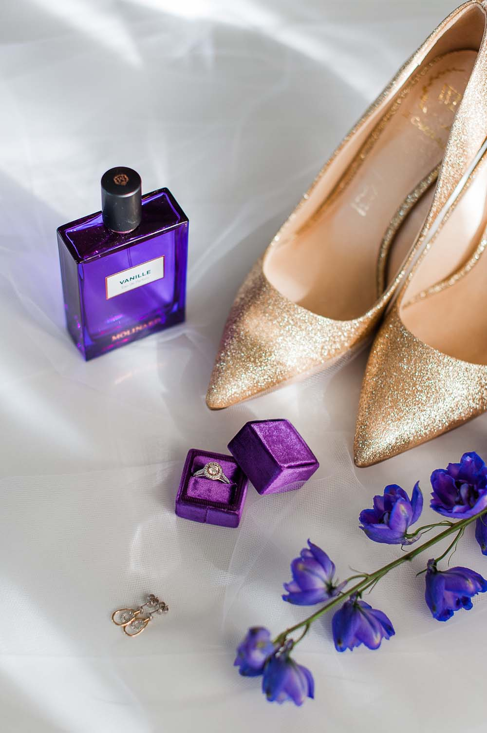 An Ultra Violet-Inspired Styled Shoot In Quebec - Getting Ready