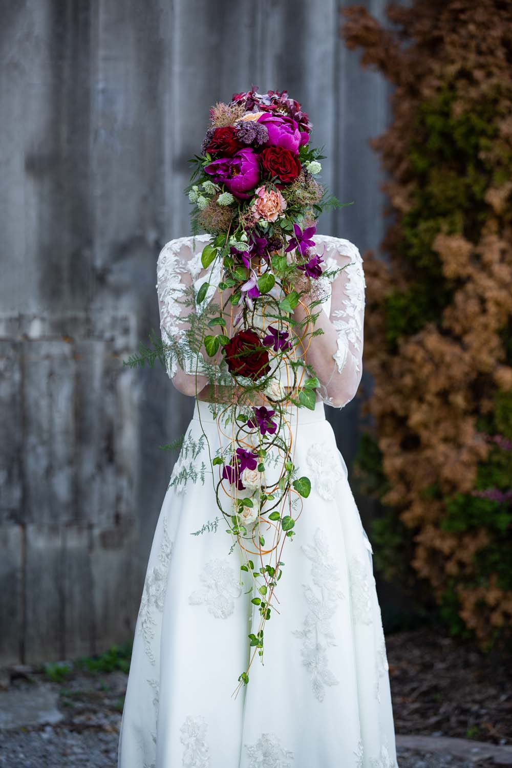 This Styled Shoot Was Inspired By Medieval Royalty - Bouquet