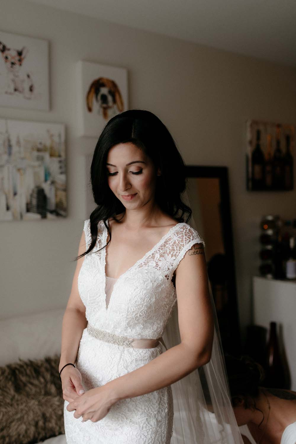 A Multicultural Wedding At The UBC Botanical Garden in Vancouver - bride getting ready