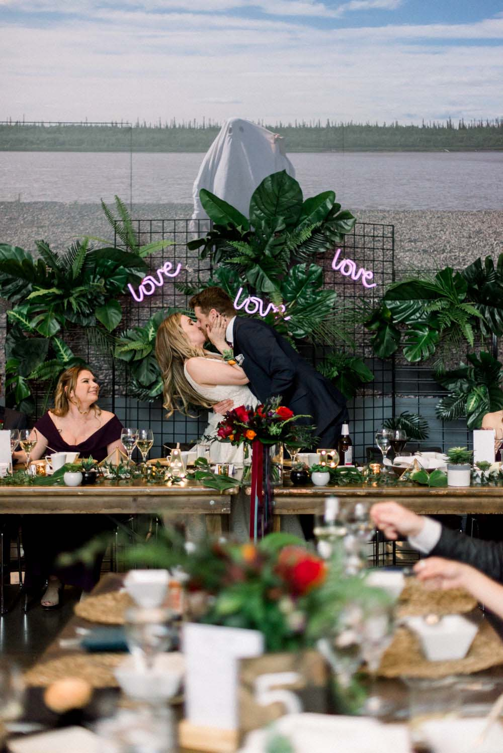 A Modern, Tropical Wedding with a Touch of Glam in Edmonton